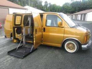 2000 chevy custom van